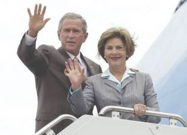 Burning_desire_laura_bush_090205